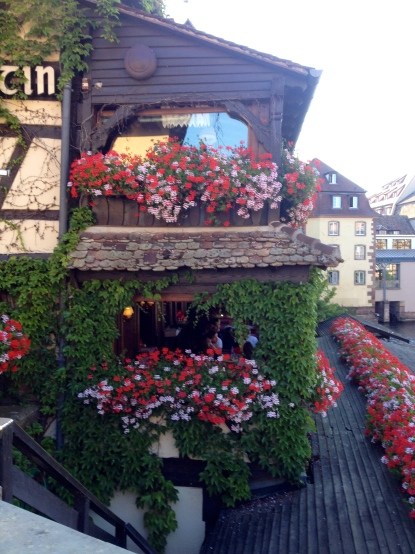 Flowers and half-timbered restaurant